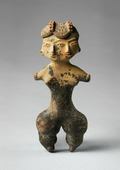 10. Tlatilco female figurine Location: Central Mexico, site of Tlatilco  Artist: N/A Date: 1,200-900 B.C.E Culture: (probably) ancient Mexican Period/Style: Prehistoric, Neolithic Medium/Material: Ceramic and panit Theme(s): fertility, exaggeration, idealism Form: Form used to show physical