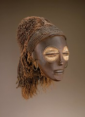 173. Female (pwo) mask