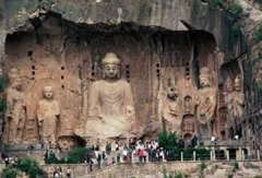 195. Longmen Caves Location: Luoyang, China Artist: Date: 493-1127 CE Culture:  Period/Style: Tang Dynasty Medium/Material: Limestone Theme(s): Form:  Function:  Content: Context: Cross Cultural Connection(s):