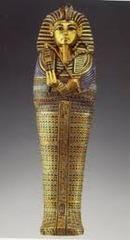 23. Tutankhamun's tomb (innermost coffin)