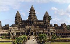 Angor, the temple of Angkor Wat, and the city of Angkor Thom, Cambodia. Hindu, Angkor Dynasty. 800-1400 ce. stone masonry, sandstone