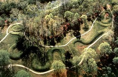Great Serpent Mound. Adams County, southern Ohio. Mississippian. 1070 ce Earthwork/effigy mound