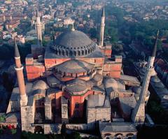 Hagia Sophia (ANTHEMIUS OF TRALLES & ISIDORUS OF MILETUS) (Justinian) (Early Byzantine)  (Byzantium)