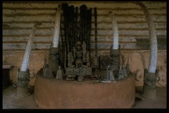 oba heads (Benin)  (African)