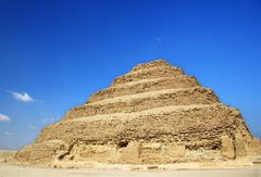 Stepped Pyramid of Djoser (IMHOTEP) (Early Dynastic Periods)  (Egypt)