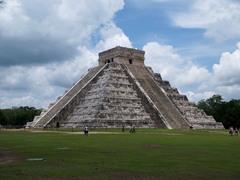 Temple of Kukulcan, Chichen Itza (Maya)  (Americas)
